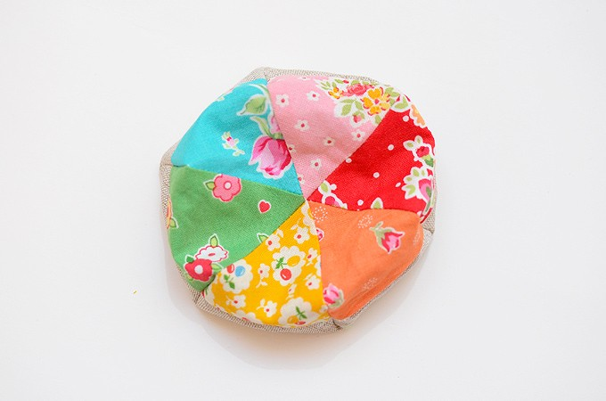 Hexagon-Pincushion-24