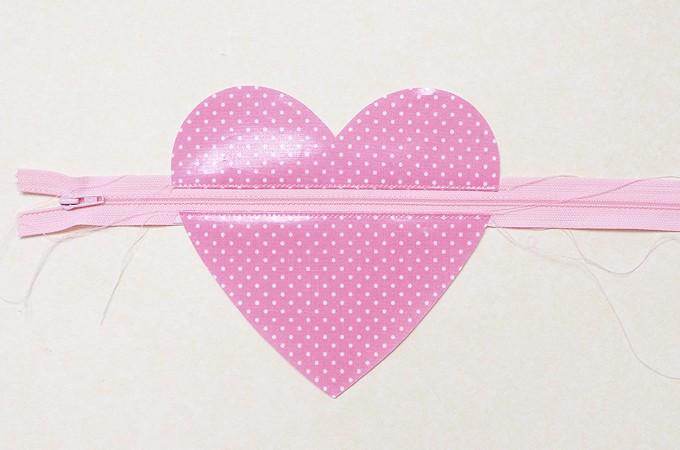 Heart-Pouch-10