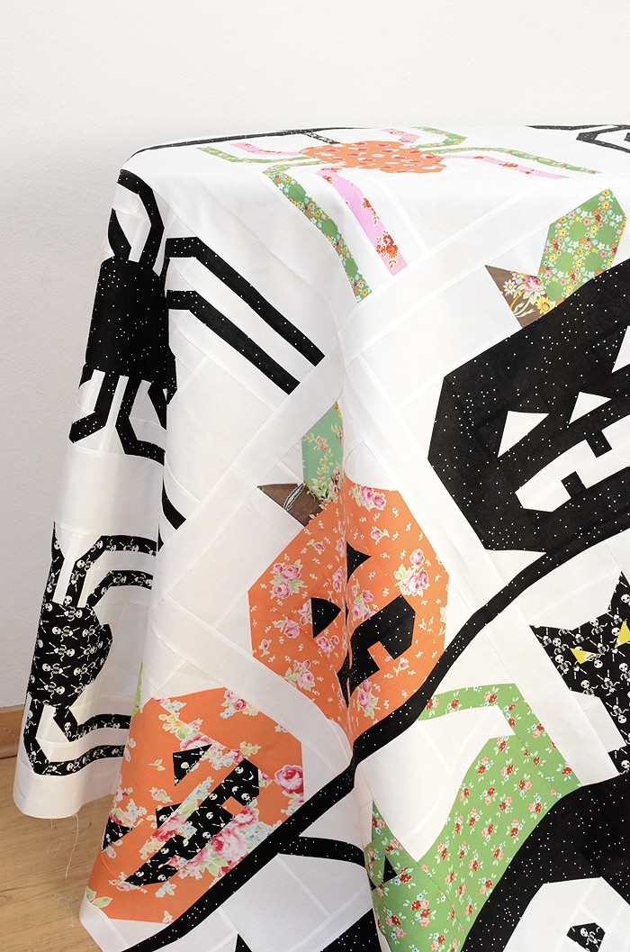 creepy-critters-quilt-top