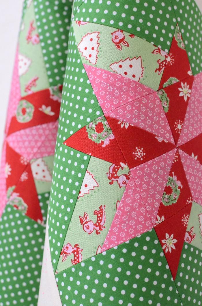 merry-bright-quilt-2