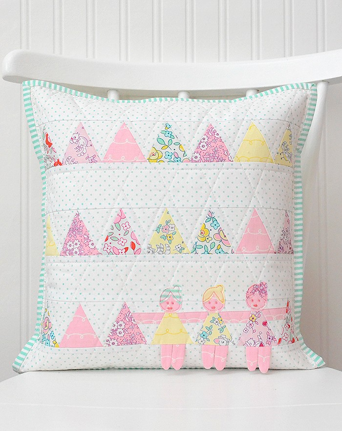 This cute pillow is my project for the Dolly Book Tour - Ndra Ridgeway of ellis & higgs