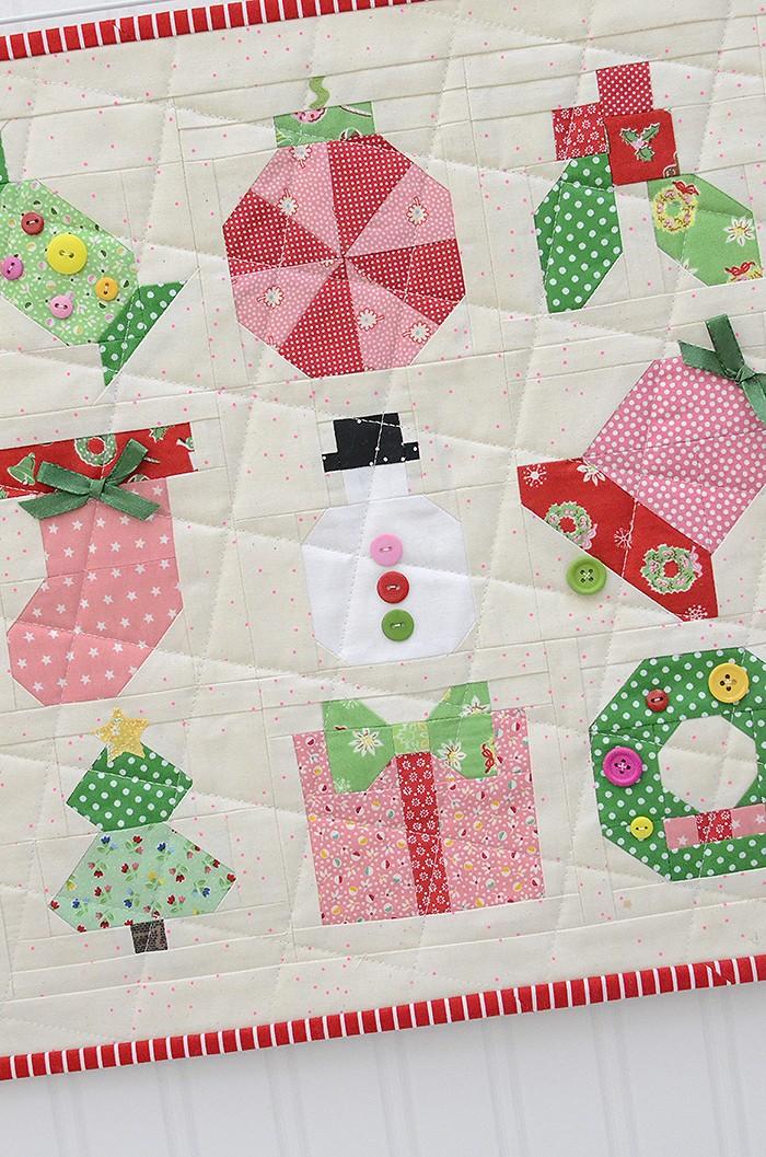 Holly Jolly Mini Christmas Sampler Quilt - A pattern by Nadra Ridgeway of ellis & higgs
