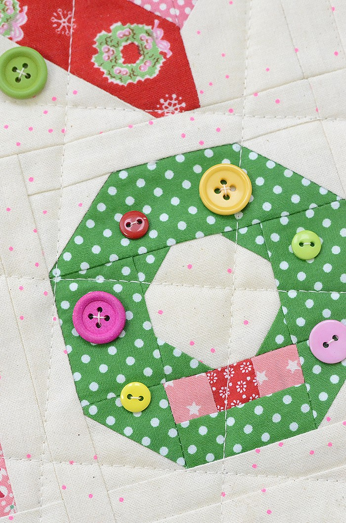 Holly Jolly Mini Christmas Sampler Quilt - A pattern by Nadra Ridgeway of ellis & higgs
