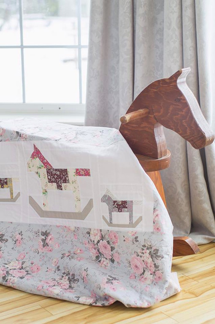 Rocking Horse Quilt Block Pattern - Christmas Quilt Pattern