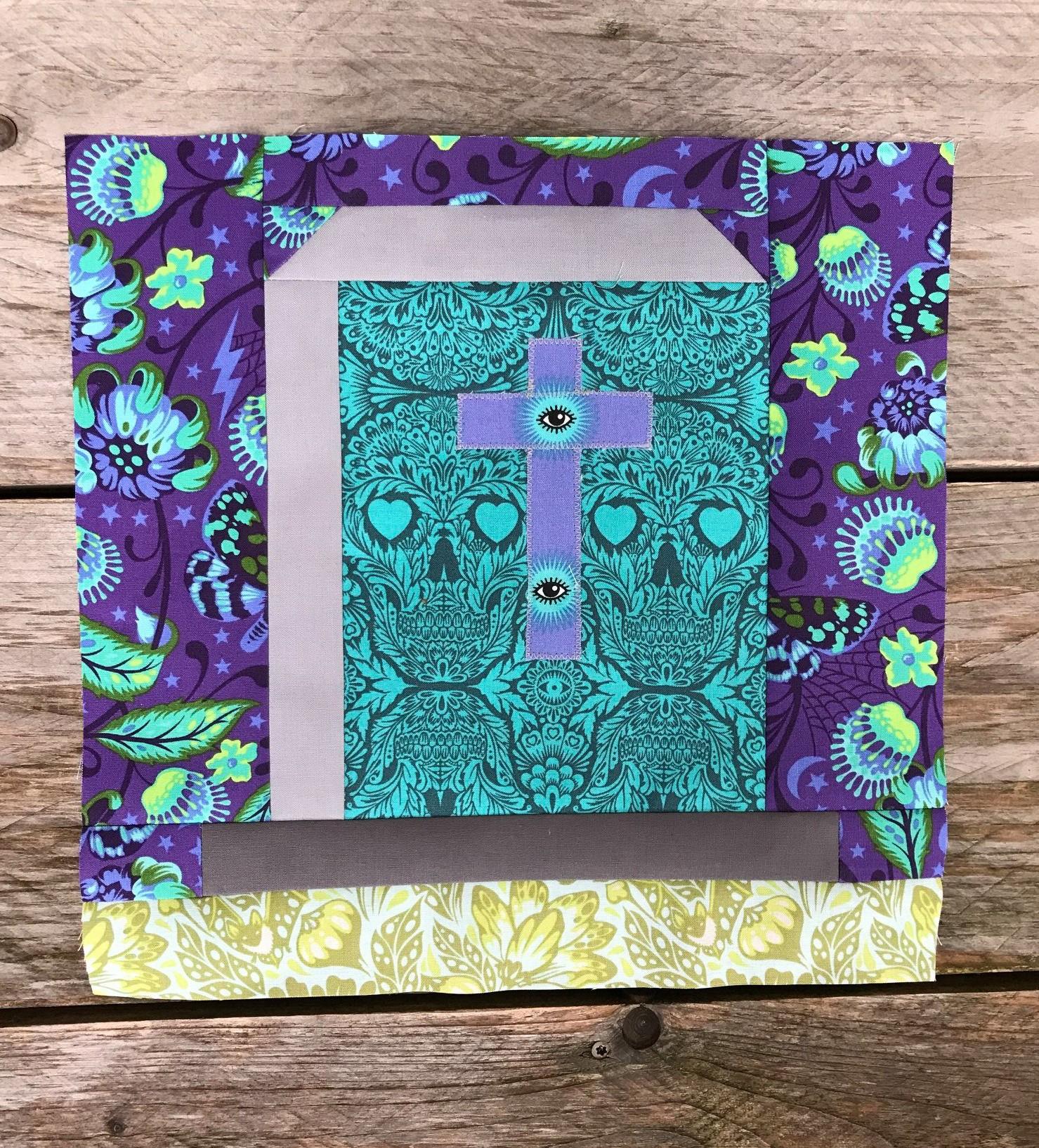 Gravestone quilt block