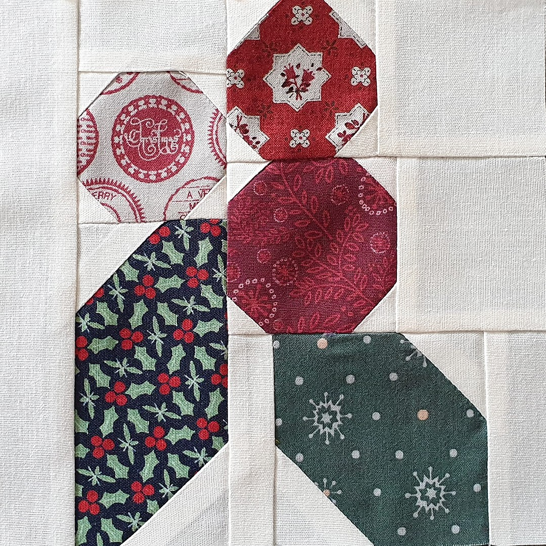 Holly Berry quilt block