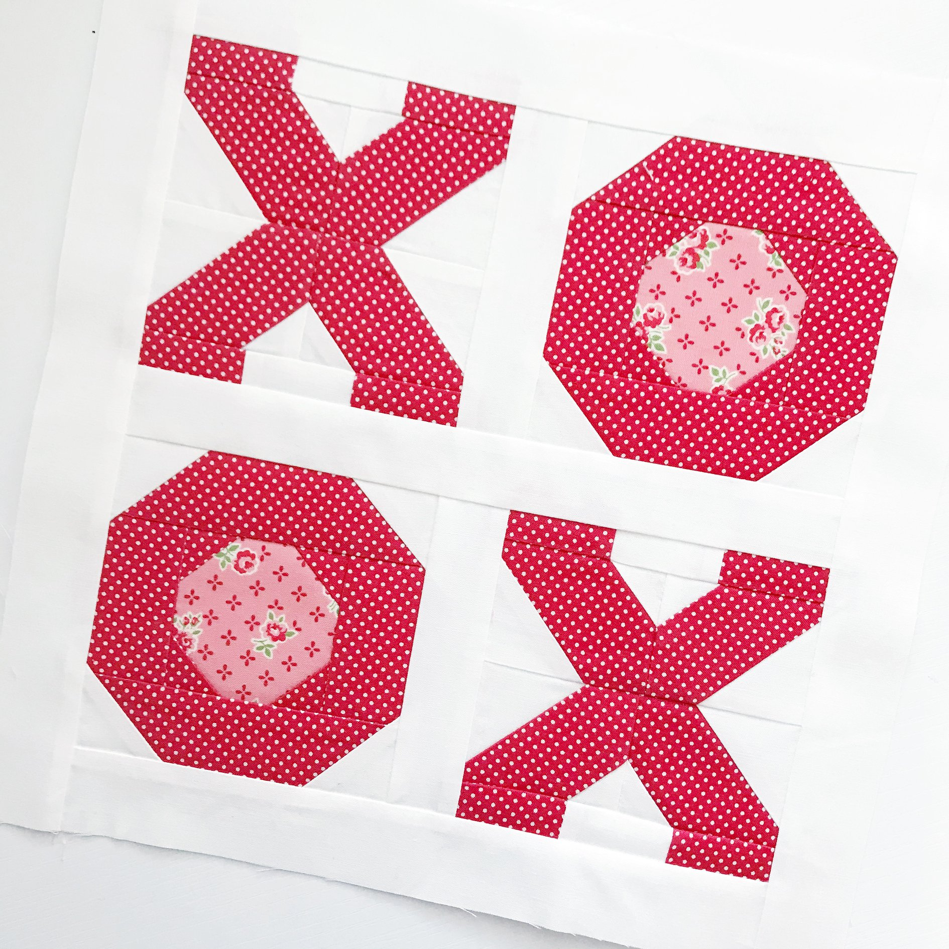 XOXO Mini Quilt and Pillow