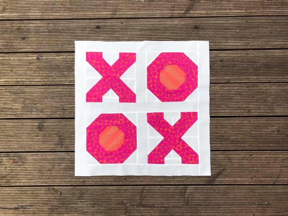 XOXO Mini Quilt