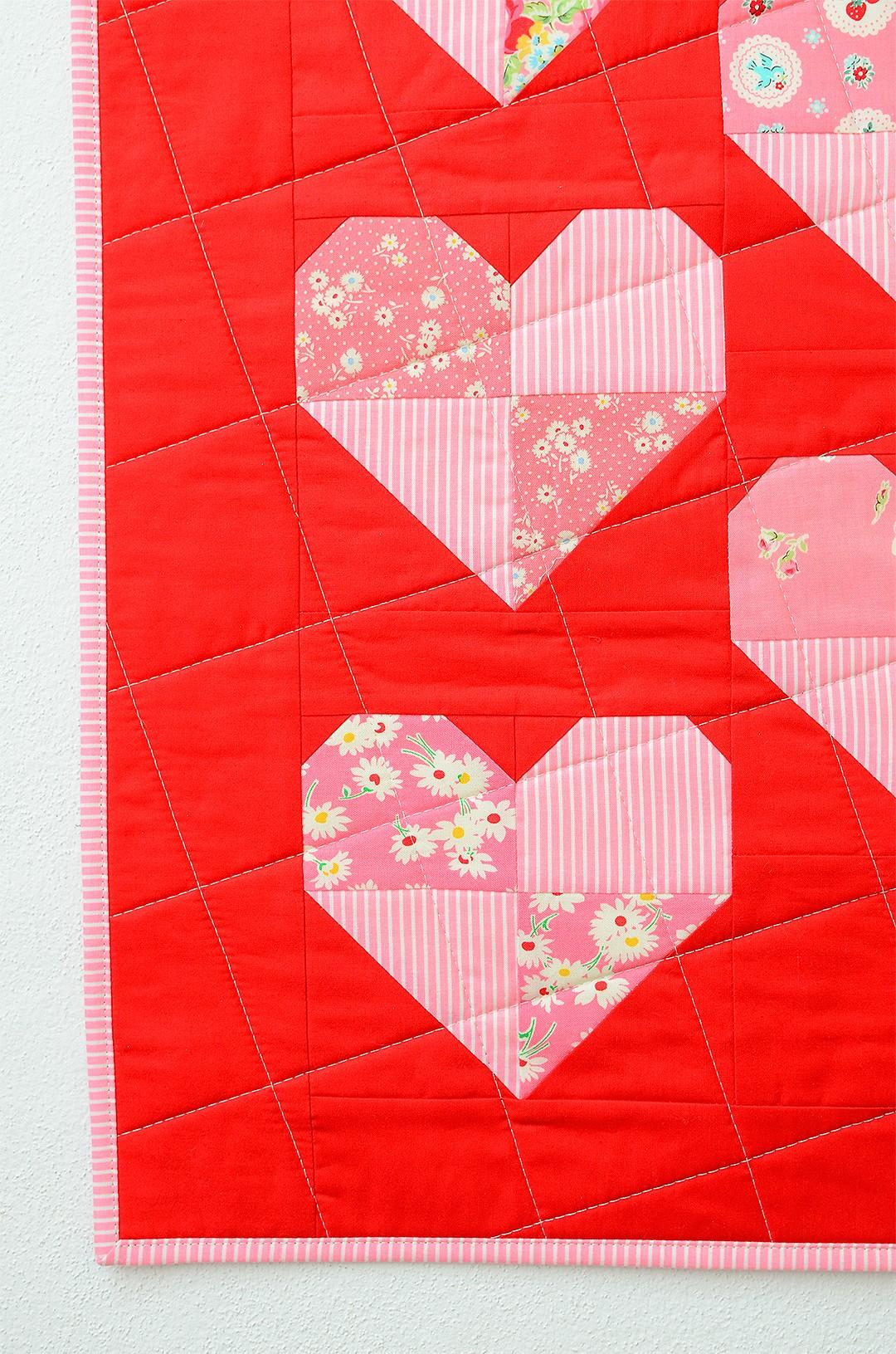 Harlequin Hearts Mini Quilt - Heart Quilt Pattern