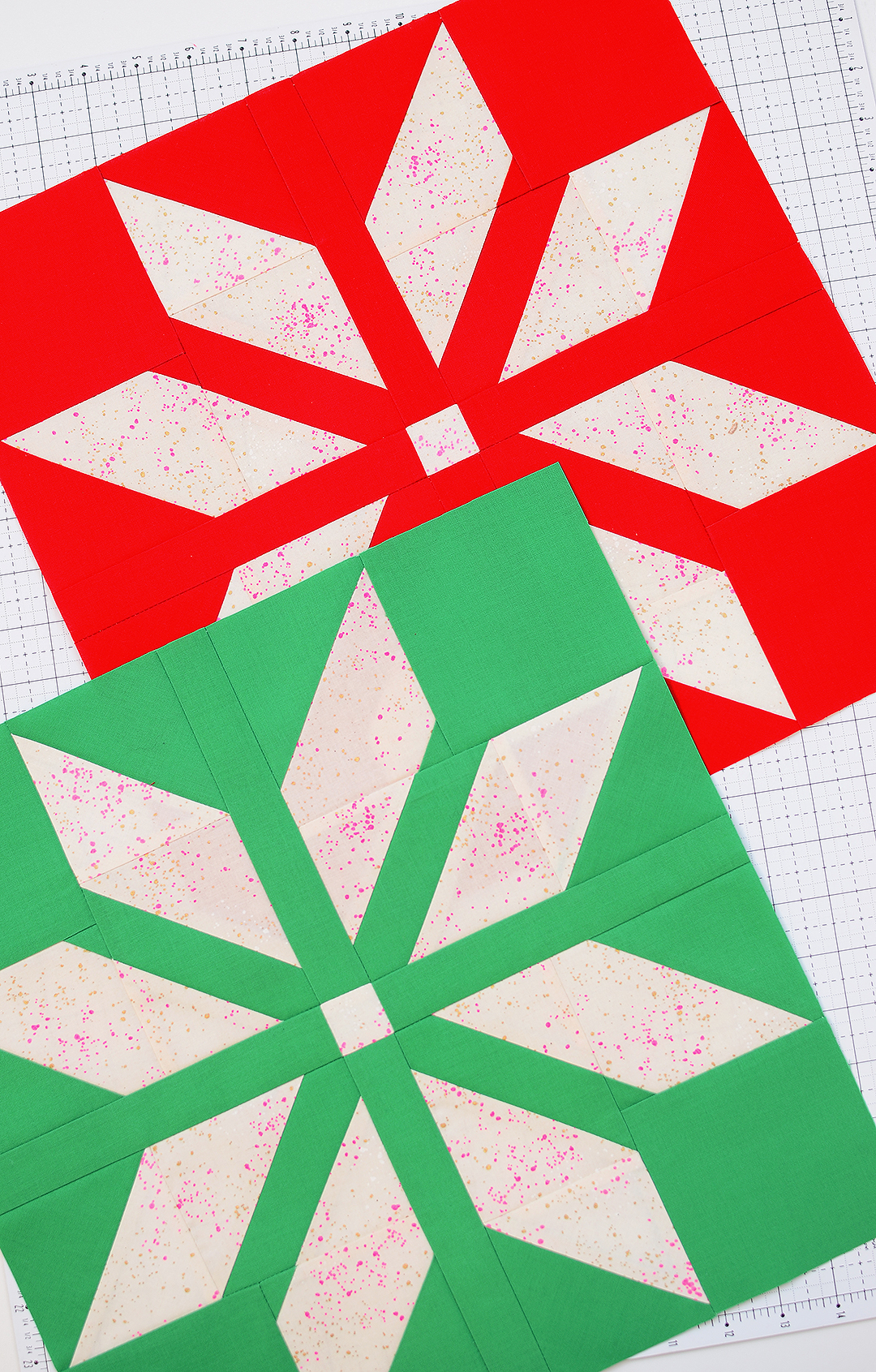 Red and green star quilt blocks