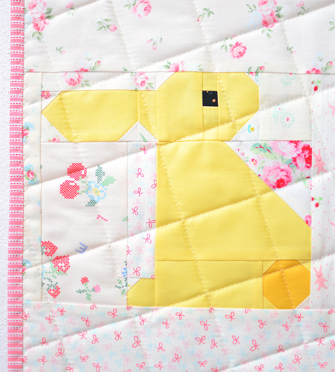 Bunny Easter quilt pattern - yellow bunny