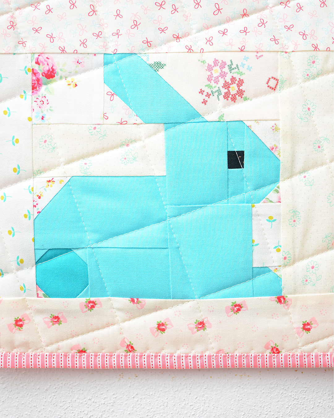 Bunny Easter quilt pattern - blue bunny