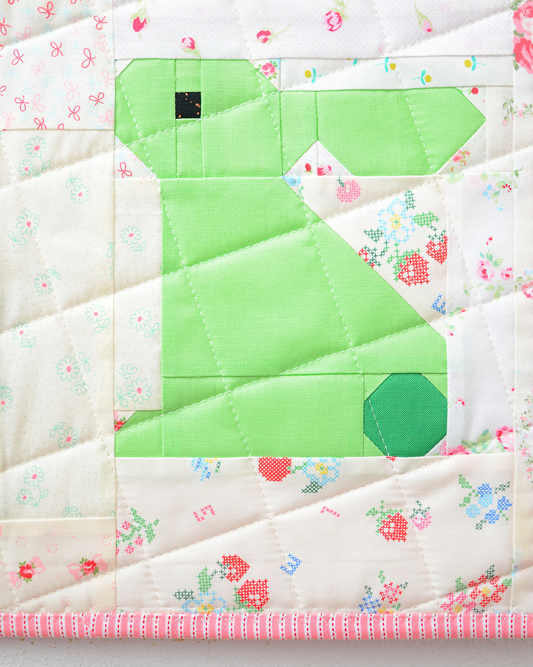 Bunny Easter quilt pattern - green bunny