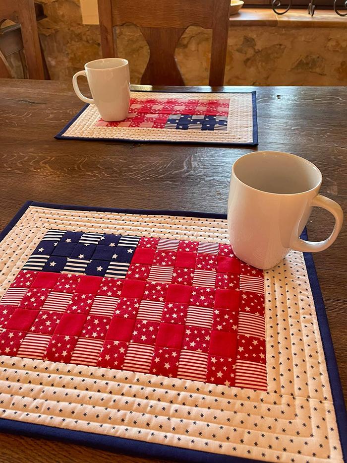 Stars & Stripes mini quilt pattern